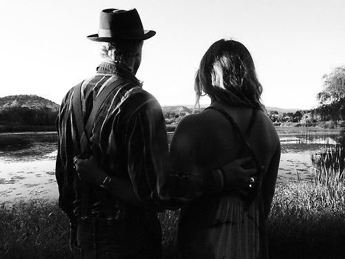 HAYLEE & GARIN