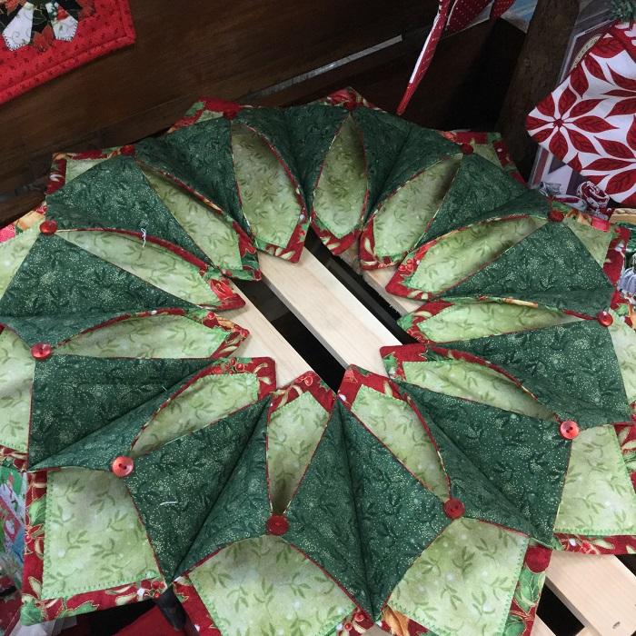 Fold n Stitch Wreath.JPG