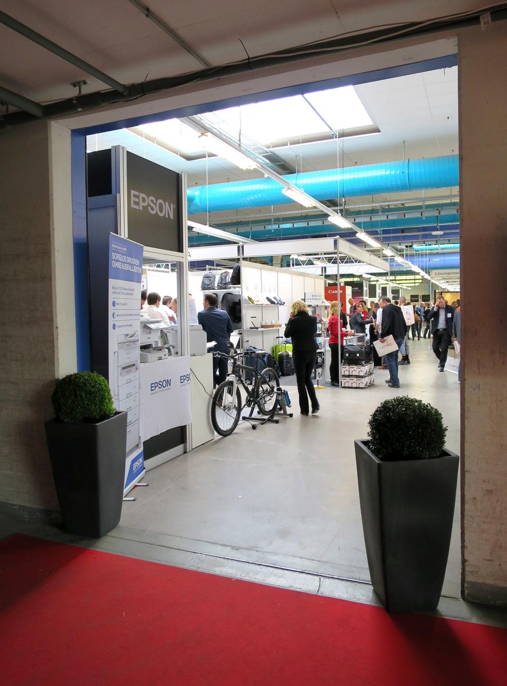 PENGland-AG_Erlebnisbericht_Competec-Hausmesse_Brack-&-Alltron-(8)_web.jpg