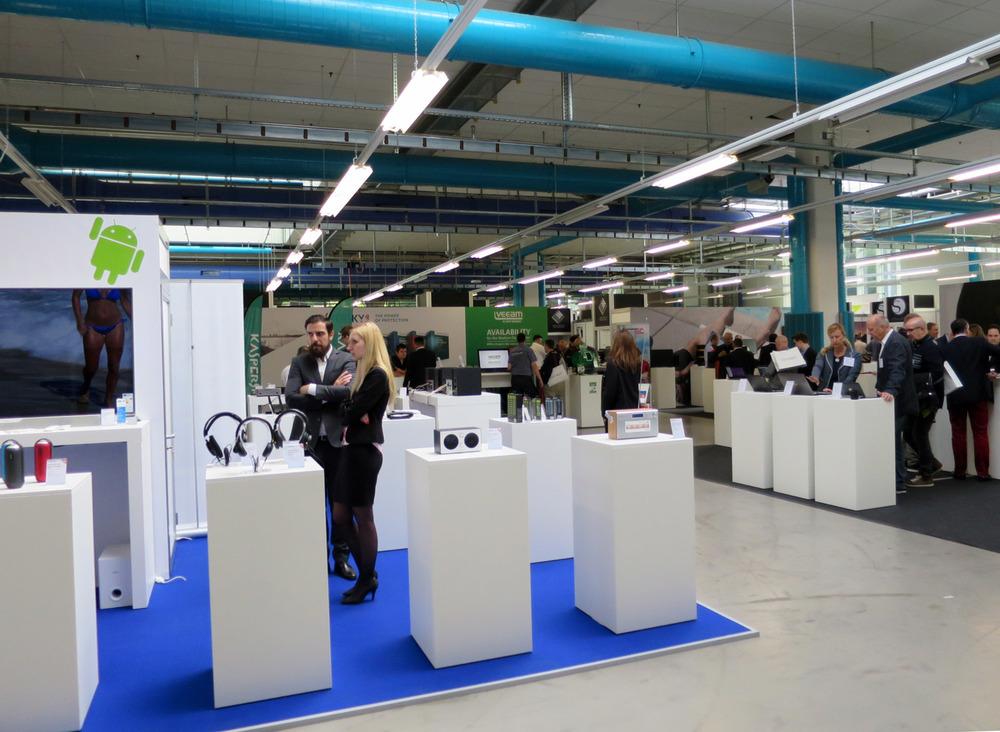 PENGland-AG_Erlebnisbericht_Competec-Hausmesse_Brack-&-Alltron-(18)_web.jpg