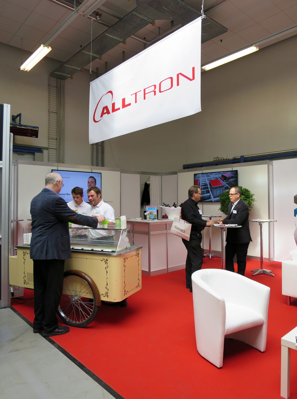 PENGland-AG_Erlebnisbericht_Competec-Hausmesse_Brack-&-Alltron-(30)_web.jpg