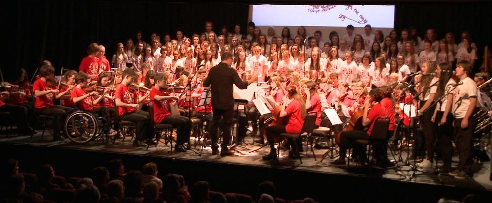 Brian Orchestra Choir & Realtin Soloists.jpg