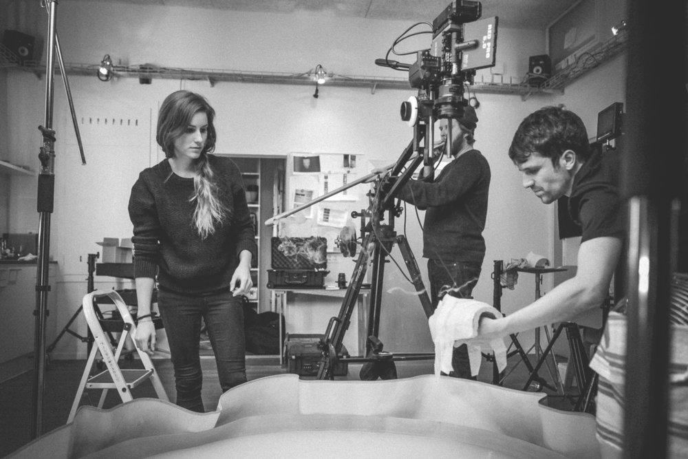 Behind the scenes_2