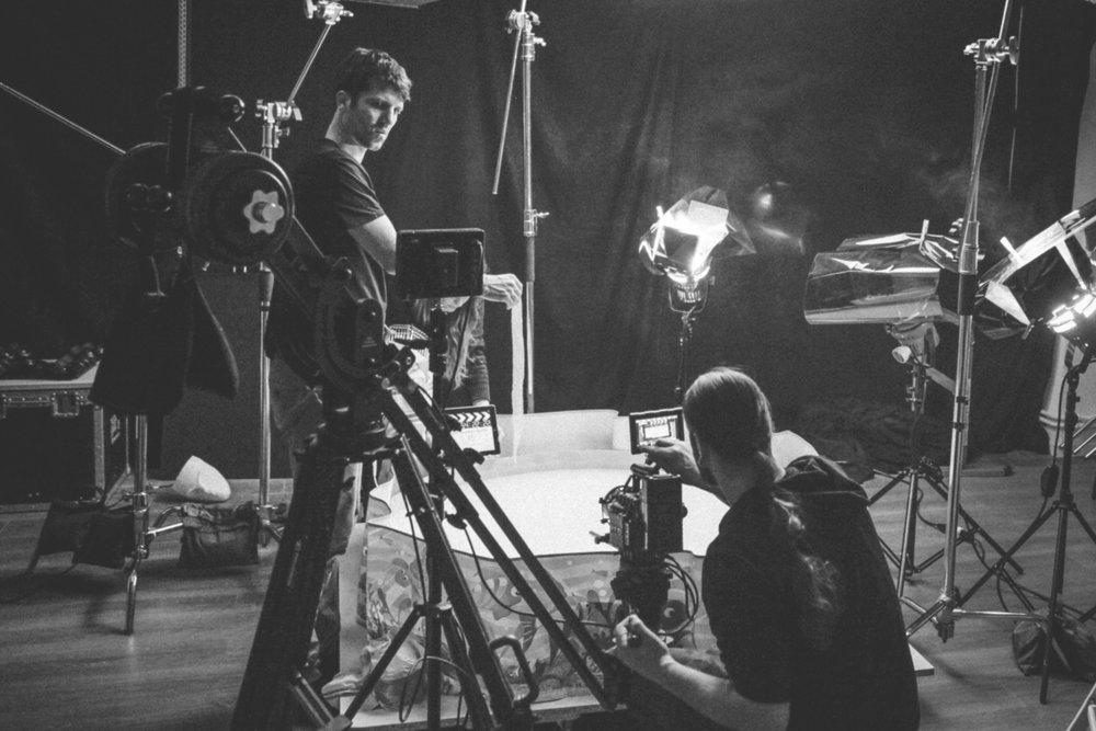 Behind the scenes_3