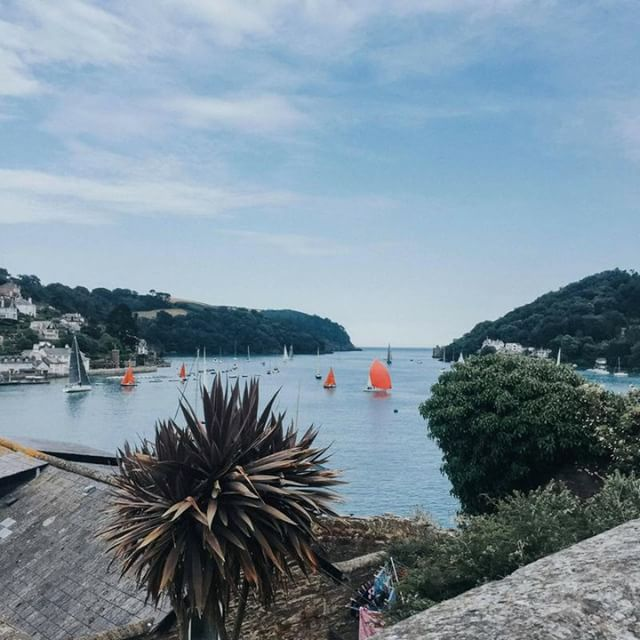 Summer evenings spent in Little Dartmouth ⛵️ . . .#devonshiretea #summer #teabreak #visitdevon #southhams #coastaladventure