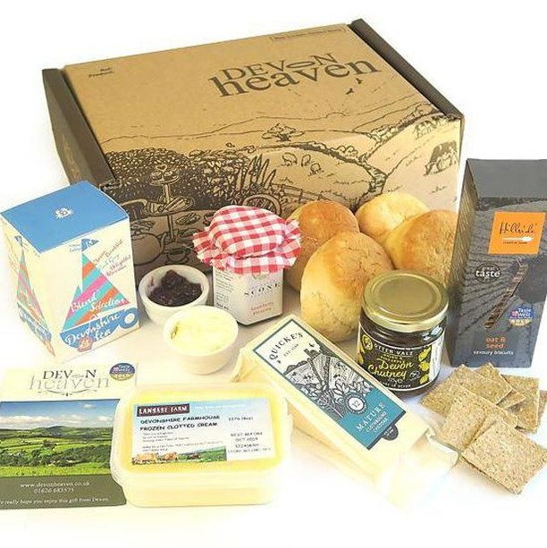 "In the spirit of this glorious weather and with it being Afternoon Tea Week, we have teamed up with our friends over at Devon Heaven Hampers to give away a fab Afternoon Tea Hamper. Filled to the brim with some of our favourite local goodies including @quickescheese, clotted cream from @langagefarmdairy and savoury biscuits from @hillsidefoods. As well as our very own box of ""Blend Selection"" tea!  Head on over to our blog post to find out how you could win! ☀️(link in bio) . . . . #devonshiretea #afternoonteaweek #freebiefriday #devonheavenhampers #quickes #devonliving #giveaway #tealovers"