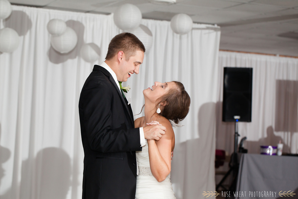 36. seneca_ks_wedding_photography.jpg