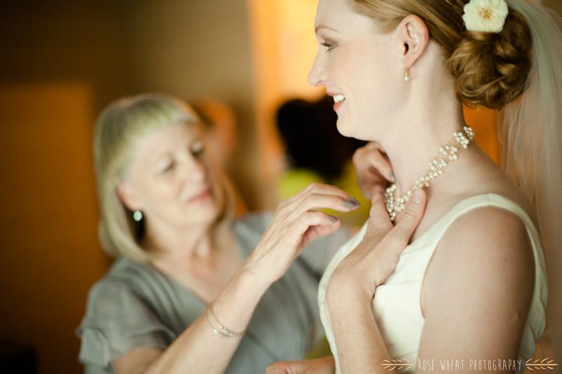 16. mother_daughter_wedding_day.jpg