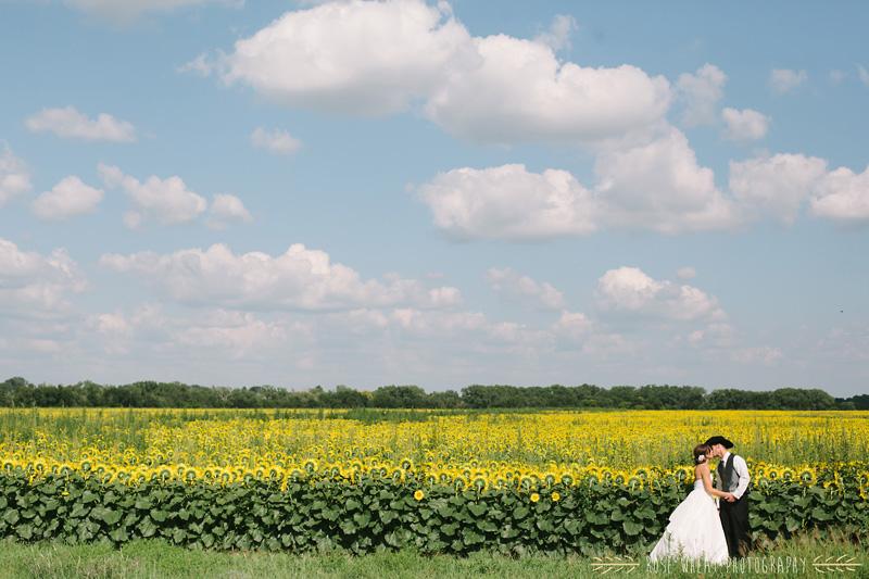 27. bride_groom_sunflower_field_ks-3.jpg