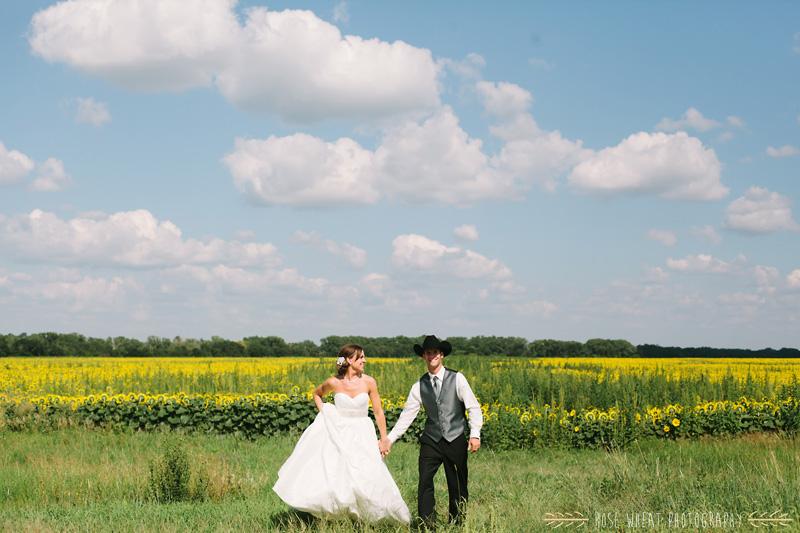 27. bride_groom_sunflower_field_ks-4.jpg