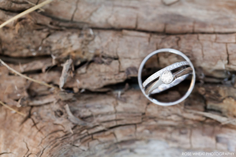 18. wedding_rings_on_log_100mm_L.jpg