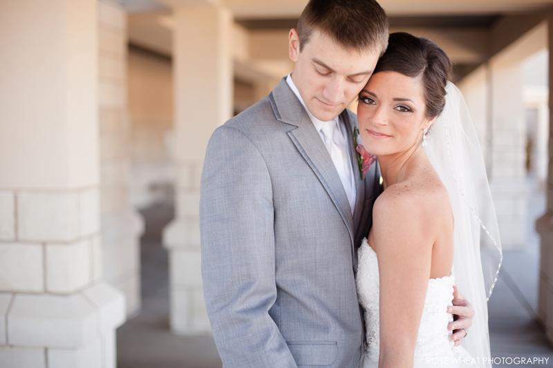 25. EK_Rose_Wheat_Photography_Wedding_Manhattan_KS.jpg