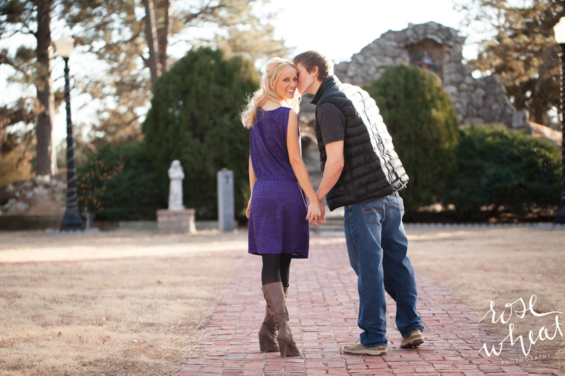 11. Jill_Kelton_Engagement_Rose_Wheat_Photography.jpg