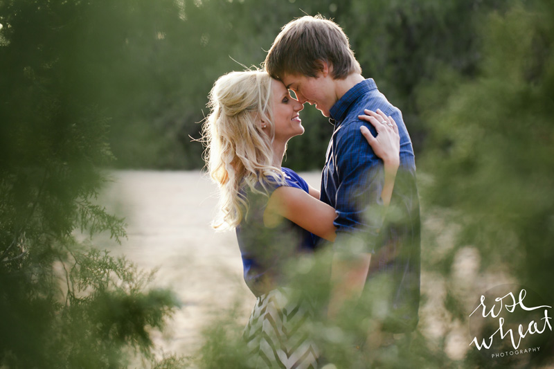 17. Jill_Kelton_Engagement_Rose_Wheat_Photography.jpg