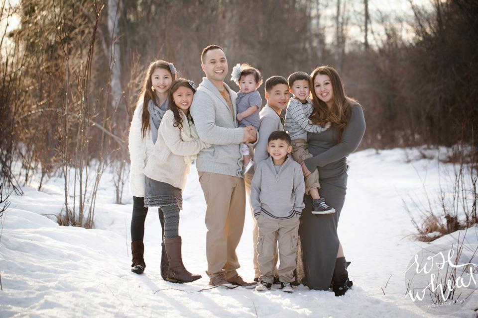 20. Perez_Family_Fairbanks_Creamers_Field_Rose_Wheat_Photography.jpg