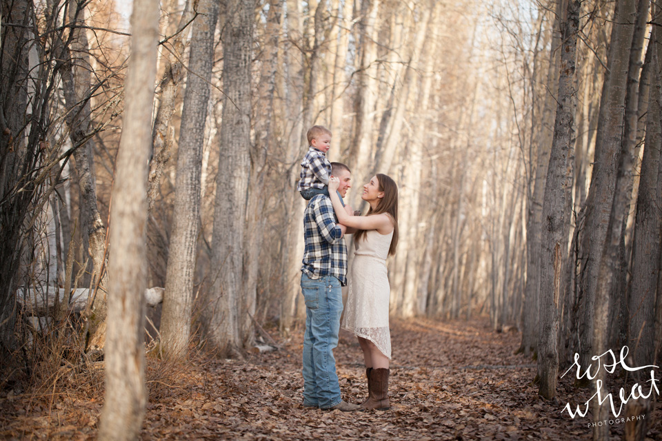 15. D_Creamer's_Field_Fairbanks_Family_Rose_Wheat_Photography-4.jpg