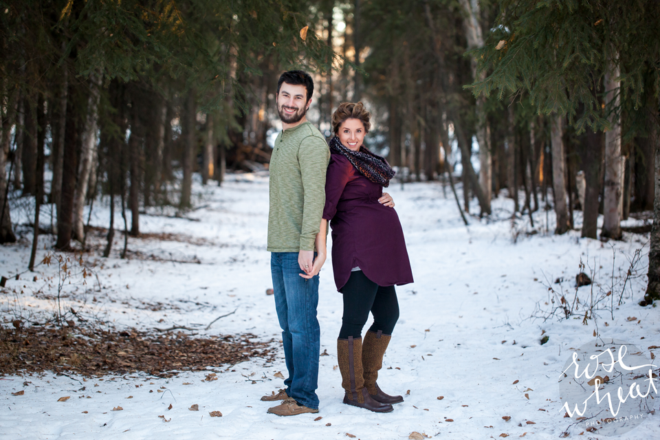 11.- Fairbanks_AK_Maternity_Winter_Session-2.png