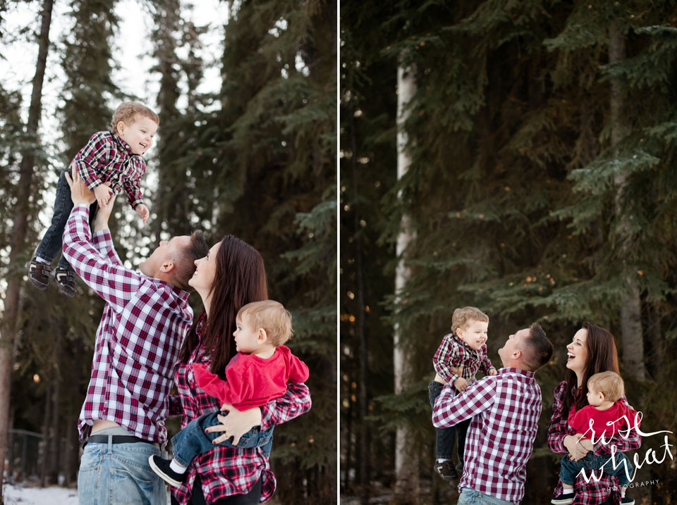 002. Bushnell_Family_Winter_Session_Rose_Wheat_Photography-2.jpg