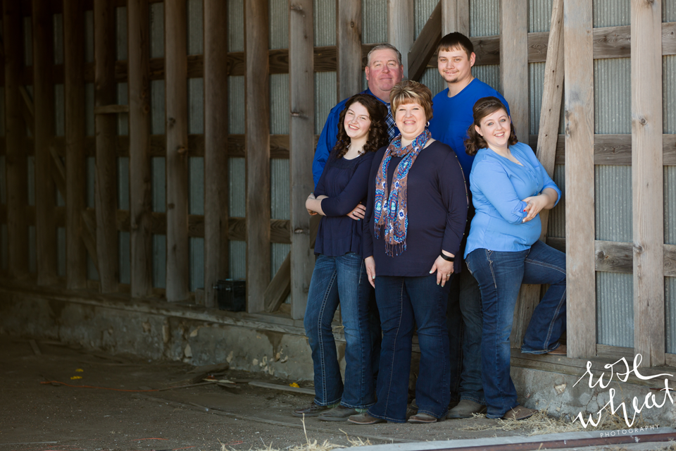 13.-Kansas_Farm_Family_Olmitz_Photography-2.png