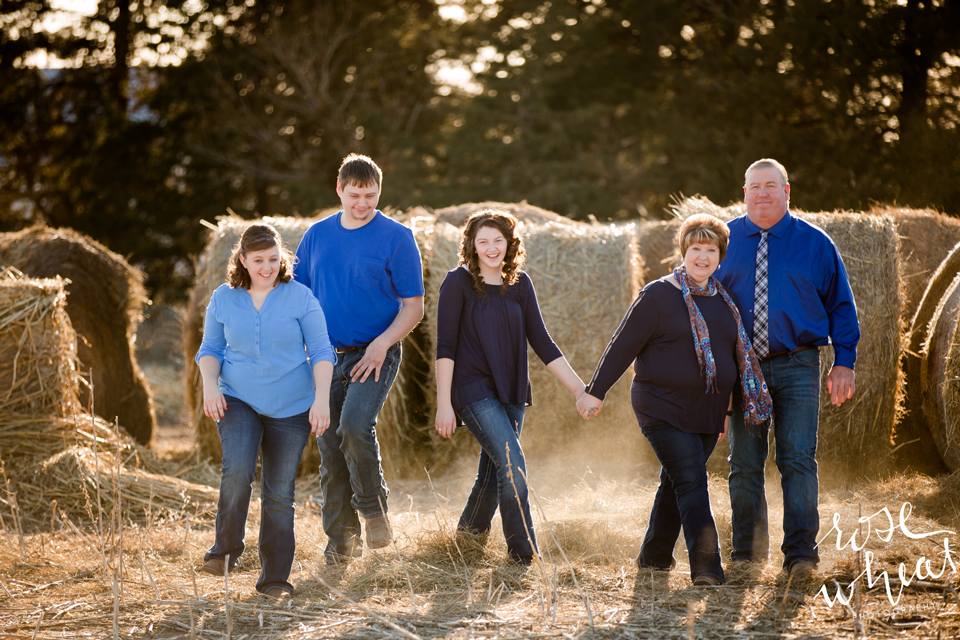 13.-Kansas_Farm_Family_Olmitz_Photography-6.png