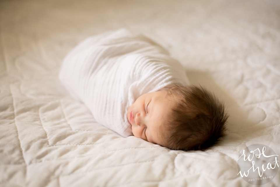 001.-Abilene_KS_Lifestyle_Newborn_Session_Photography_All_White-1.png