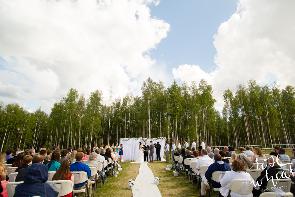 001. FAIRBANKS_AK_NATURAL_LIGHT_WEDDING_Getting_ready-14.jpg