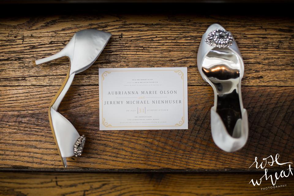 001. Thompson_Barn_Lenexa_KS_Wedding_Invitation_Shoes.jpg