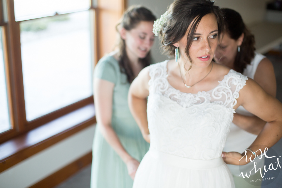 003. Wedding_getting_ready_lifes_Finer_moments-1.jpg