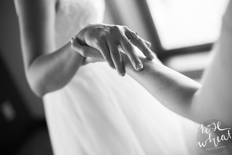 003. Wedding_getting_ready_lifes_Finer_moments-4.jpg