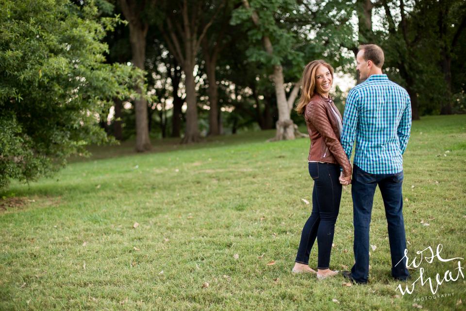 012.  Loose_Park_Kansas_City_Engagement_September-1.jpg