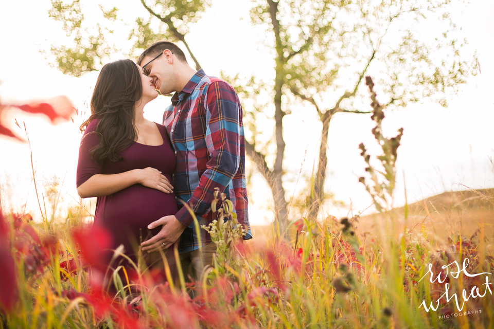 Manhattan_KS_Fall_Maternity_Session.png
