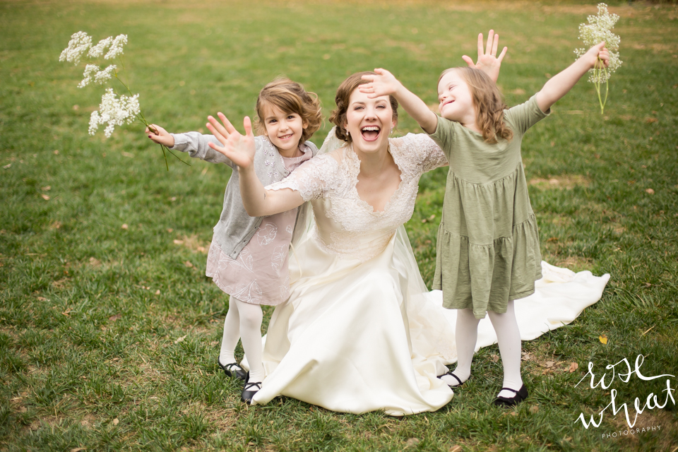 013. Bride_Happy_Flower_Girls.jpg