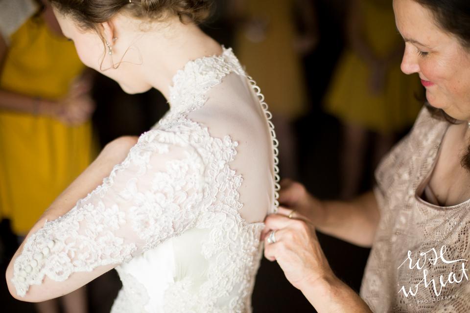003. Bride_Getting_Ready_Hotel_Room-1.jpg