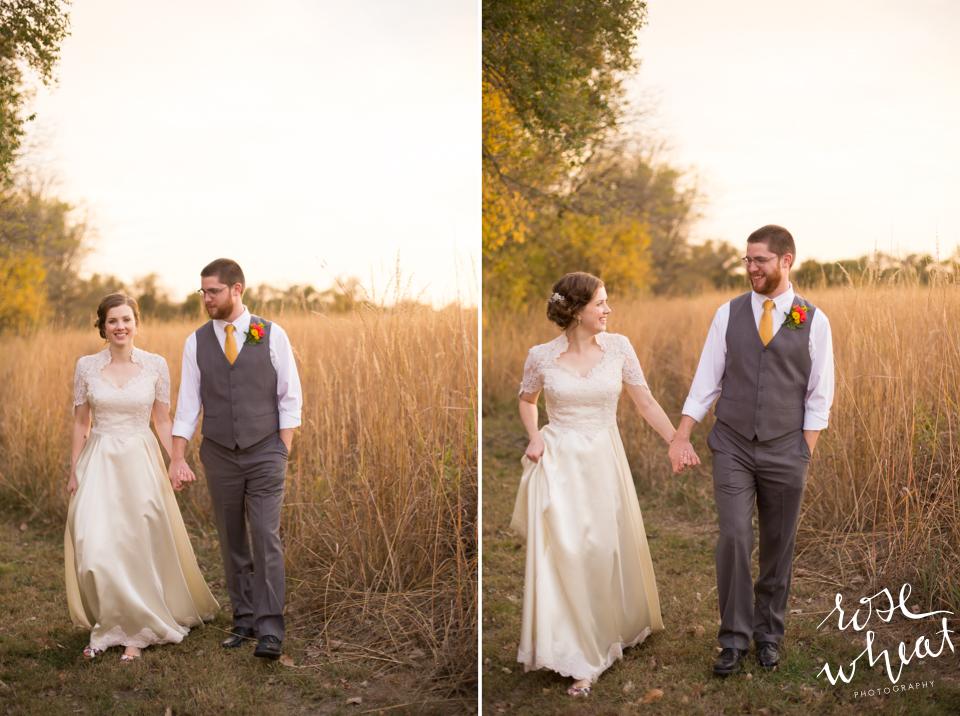 019.  Fall_Emma_Creek_Barn_Kansas_field_Portraits-3.jpg