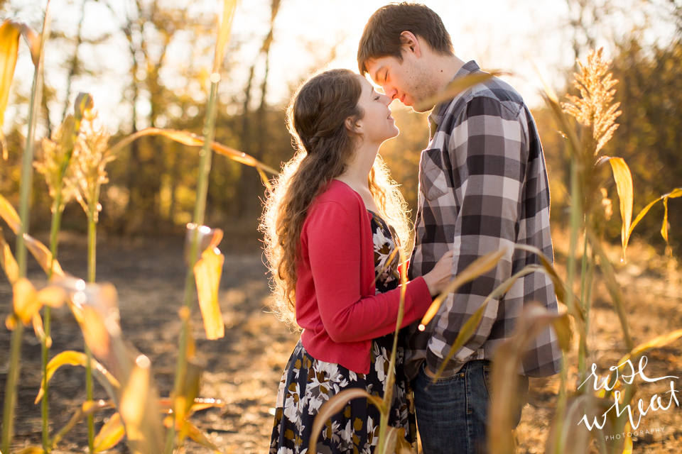 004.  Kansas_Flint_hills_Fall_Engagement_Session.jpg-3.jpg