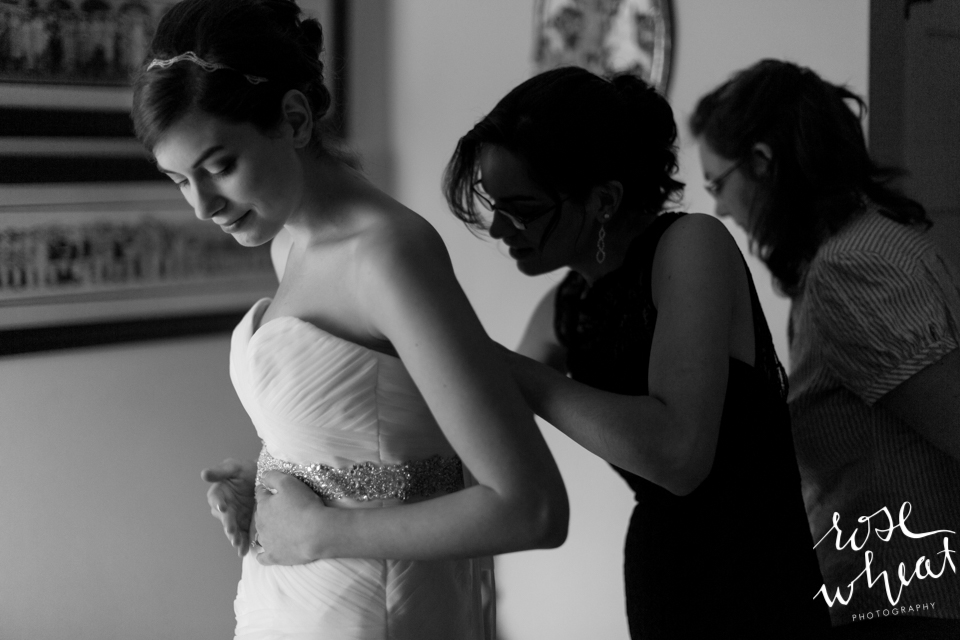 004. Bride_Getting_Ready_Carl_House.jpg
