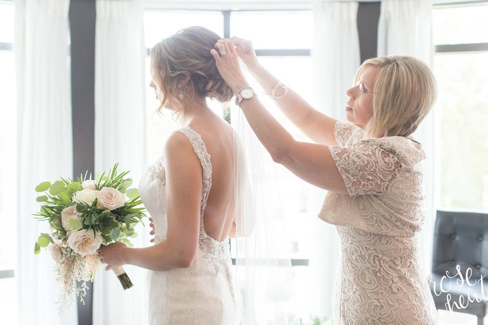 Manhattan_KS_Bluemont_Hotel_Wedding_0011.jpg