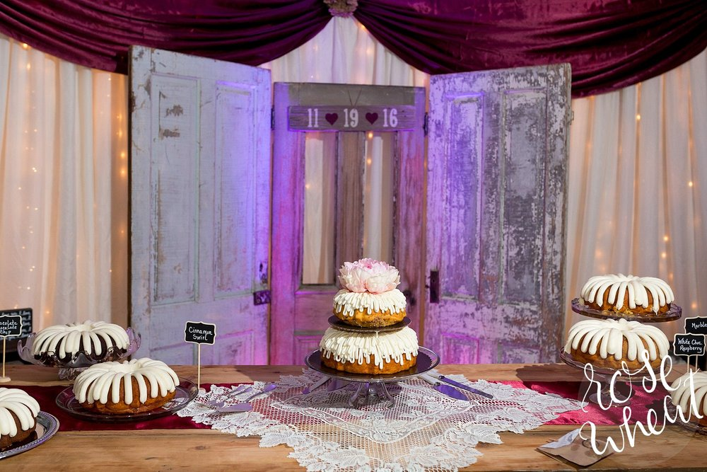 reception cake table lighting_0075.jpg