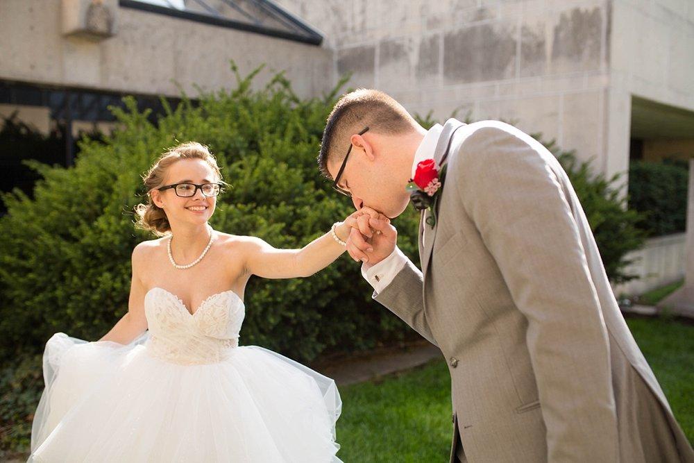 Topeka_Wedding_Photographers_0023.jpg