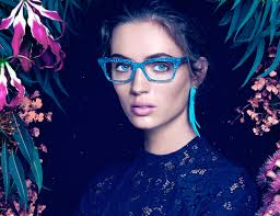 The intricate details of Jono Hennessy frames are perfect for that bright and colourful look you need for the summer!