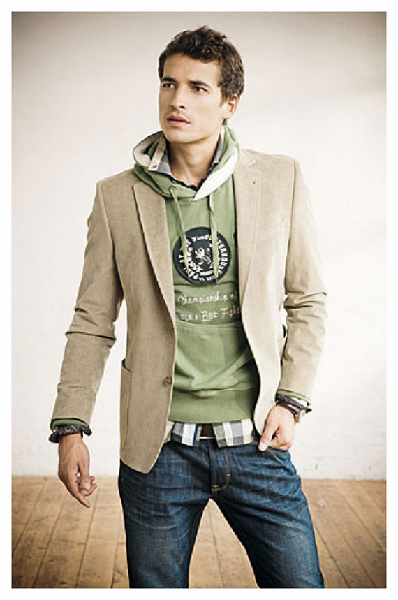 look_certo_moletom_jeans_blazer.jpg