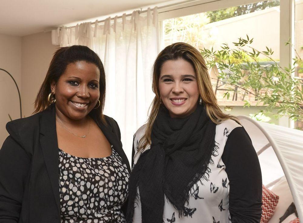 Mari Adão e Mari Oliveira.jpg