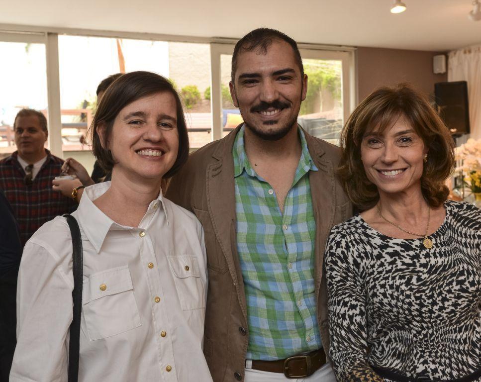 tais Voigt, Christie Cornélio e Selena Pelegrini.jpg