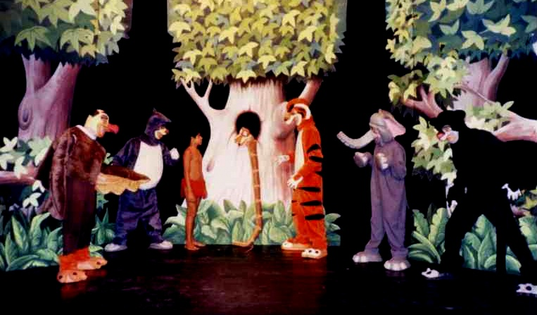 Galhofas e Dramas - Mogli, o Menino Lobo-002.jpg