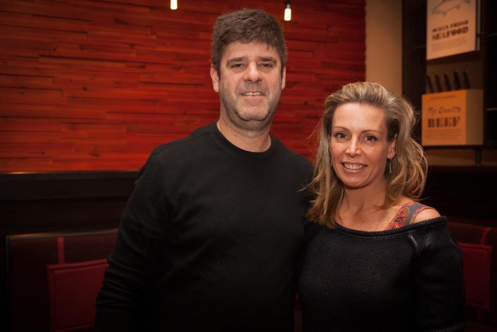 Marcio Della Volpe, presidente da Ponte Preta, com a mulher, a arquiteta Andrea Ottoni.jpg