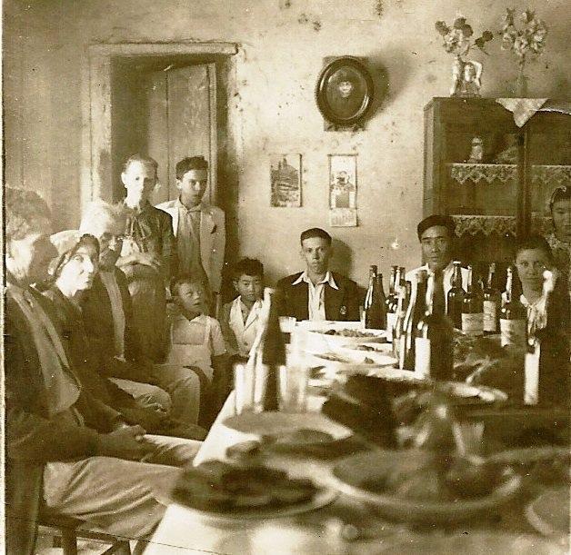 Colonos japoneses e italianos em Joaquim Egídio.JPG