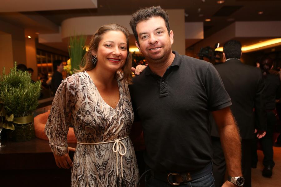 Mariana Bellucci e Juninho Almeida - Cópia - Cópia.jpg