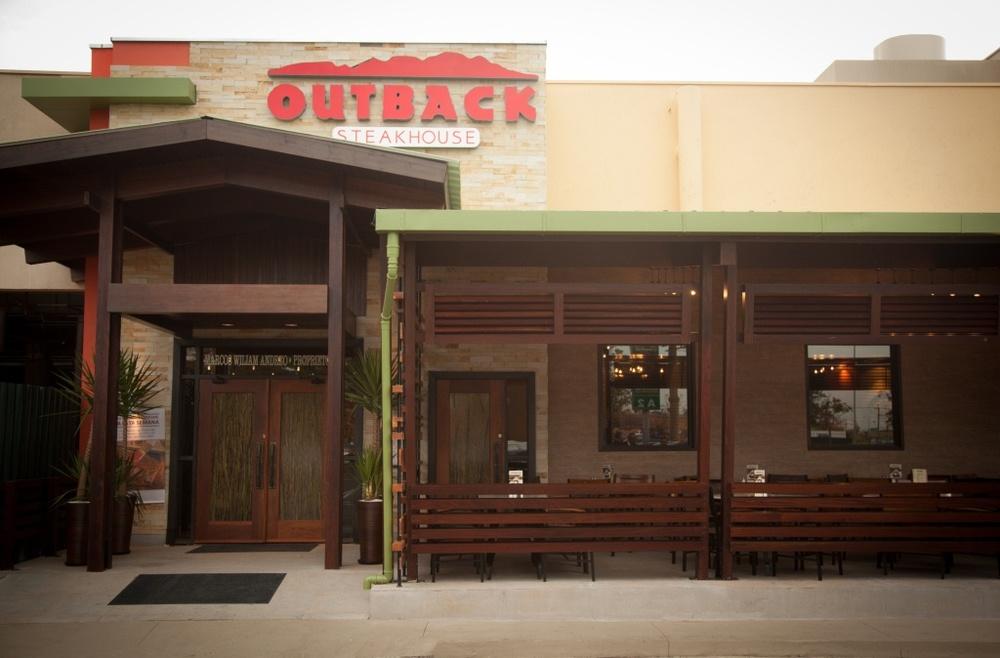 outback galleria fachada baixa.jpg