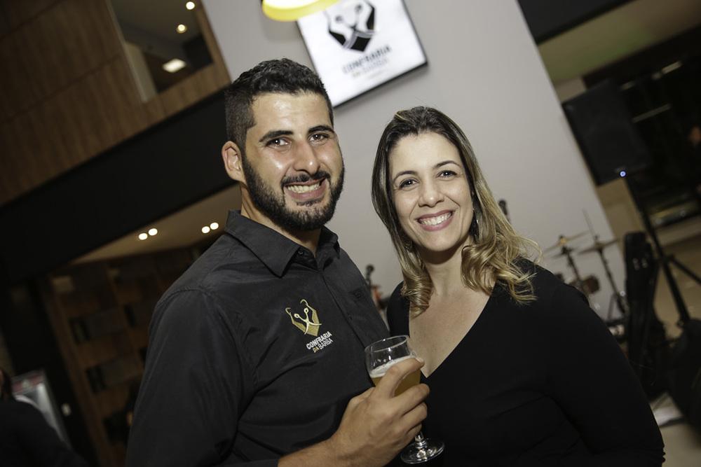Leonardo Soares e Cleo Lima.jpg