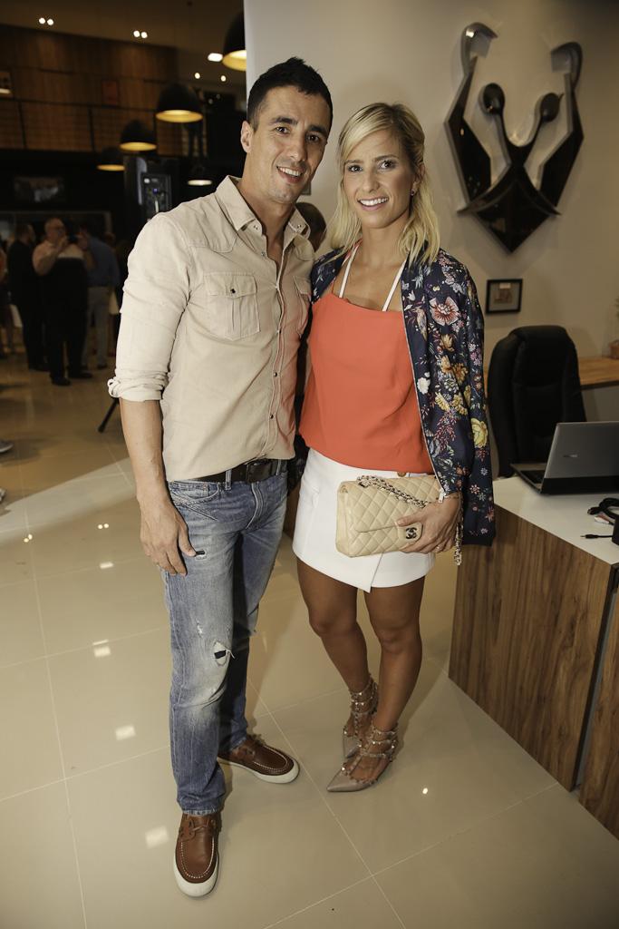 Priscila Barisson e Ricardo Naya.jpg